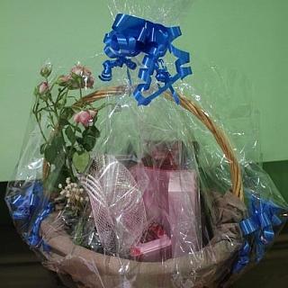 Подаръчна кошница РОЗА