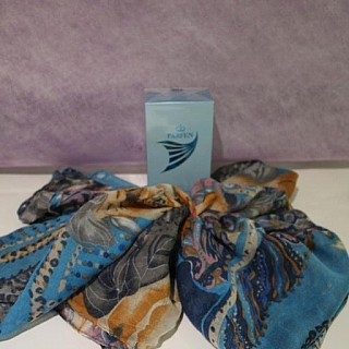 Подаръчен комплект шал и дамски парфюм Парфен 50 мл