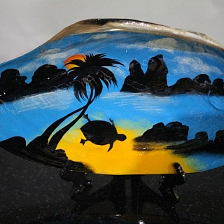 Tropical shell with painting 23 sm