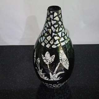 Lacquer vase hight 28 sm TT263B