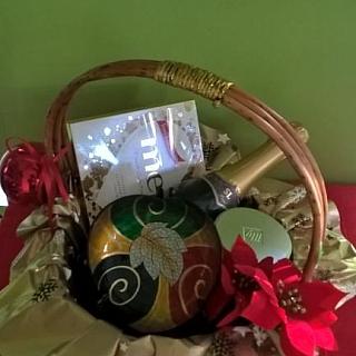 Подаръчна кошница Пенливо вино