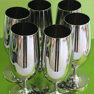 Метализирани чаши за бира