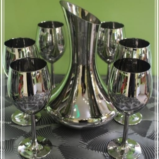 Комплект метализиран стъклен сервиз за винo.