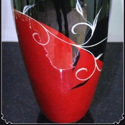 Hand made lacquer vase nice design