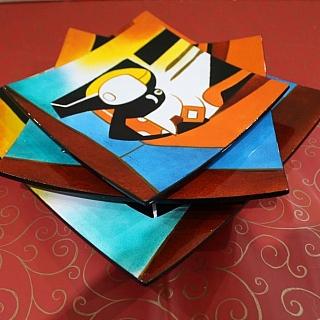 Ръчно изработени  квадратни сувенирни чинии с картина 3 размера
