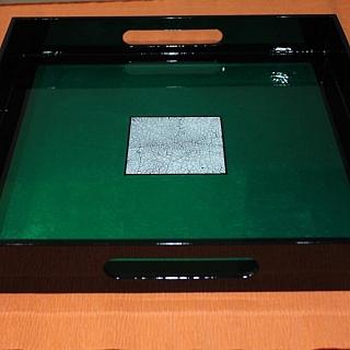 Сувенирна табла ръчно изработена от лаково дърво голяма - 32 x 32 x 4.5 cm-