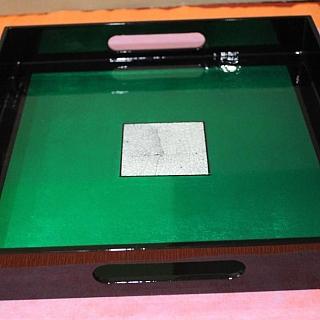 Сувенирна табла ръчно изработена от лаково дърво  СРЕДНА-29.5 x 29.5 x 4 см.