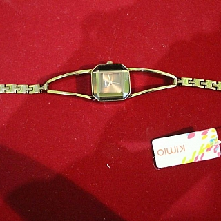 Луксозен кварцов дамски часовник