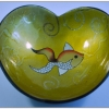 кокосова купичка рисувана с форма на сърце